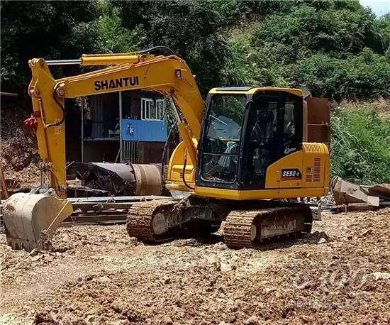 山推挖掘机成为精明人的选择