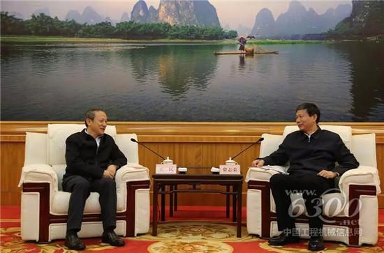 广西壮族自治区副主席费志荣在南宁会见了王民董事长