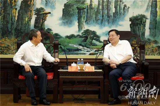 湖南省委书记杜家毫与王民座谈
