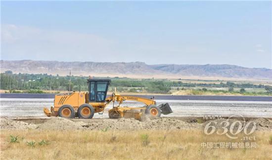 """柳工设备全面参与""""一带一路""""倡议下的阿塞拜疆建设"""