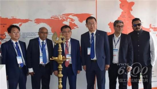 柳工参展第十届印度EXCON机械展