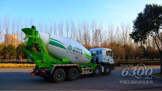 克服万难!新春第一批凌宇罐车发往市场(图4)