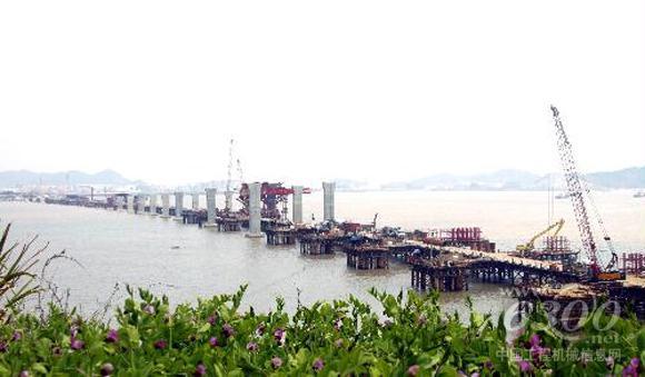 3月31日,在沿海高速公路乐清湾大桥及接线工程一标段玉环县沙门镇