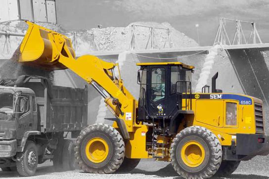 山工SEM658C轮式装载机