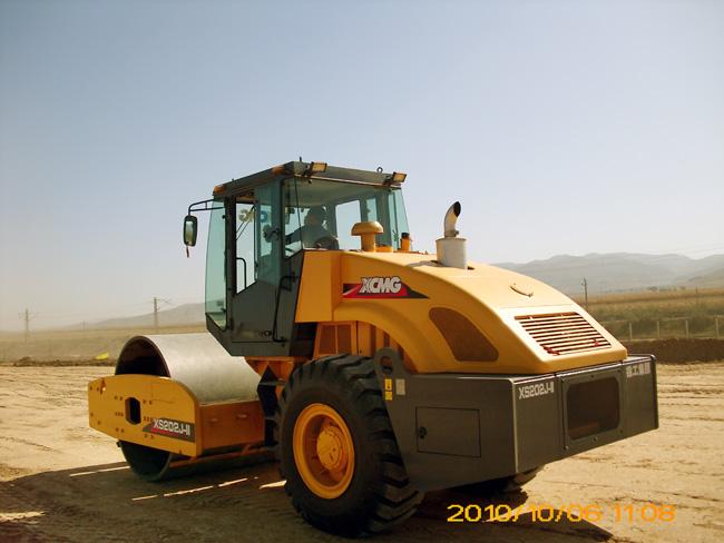 徐工XS202J机械单钢轮震动压路机