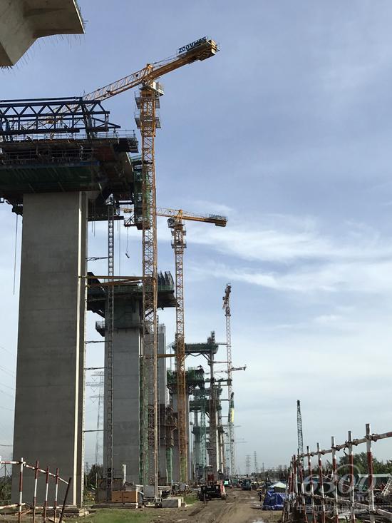 中联重科塔机助建越南南北高速公路