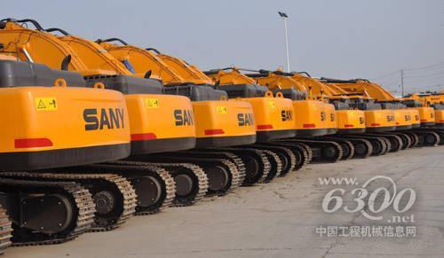 分别为:三一sy75c销量168台,三一sy55销量118台,神钢sk75-8销量112台