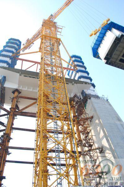 中联重科自主研发全球最大塔式起重机获权威鉴定并