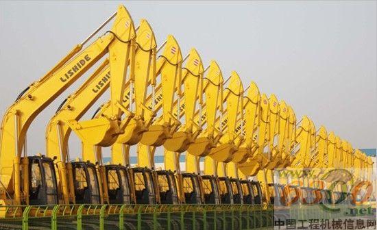 动态 中国 挖掘机/力士德挖掘机整装待发