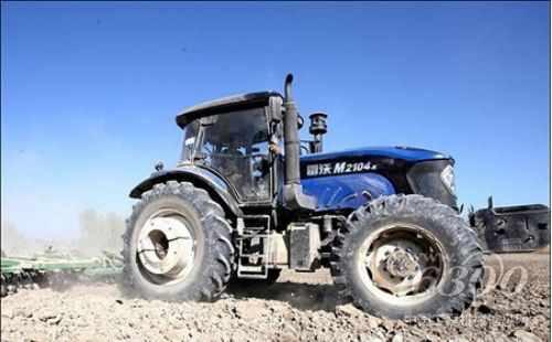 农机具,近乎全部被进口品牌所垄断.   以福田雷沃重为例,其高清图片
